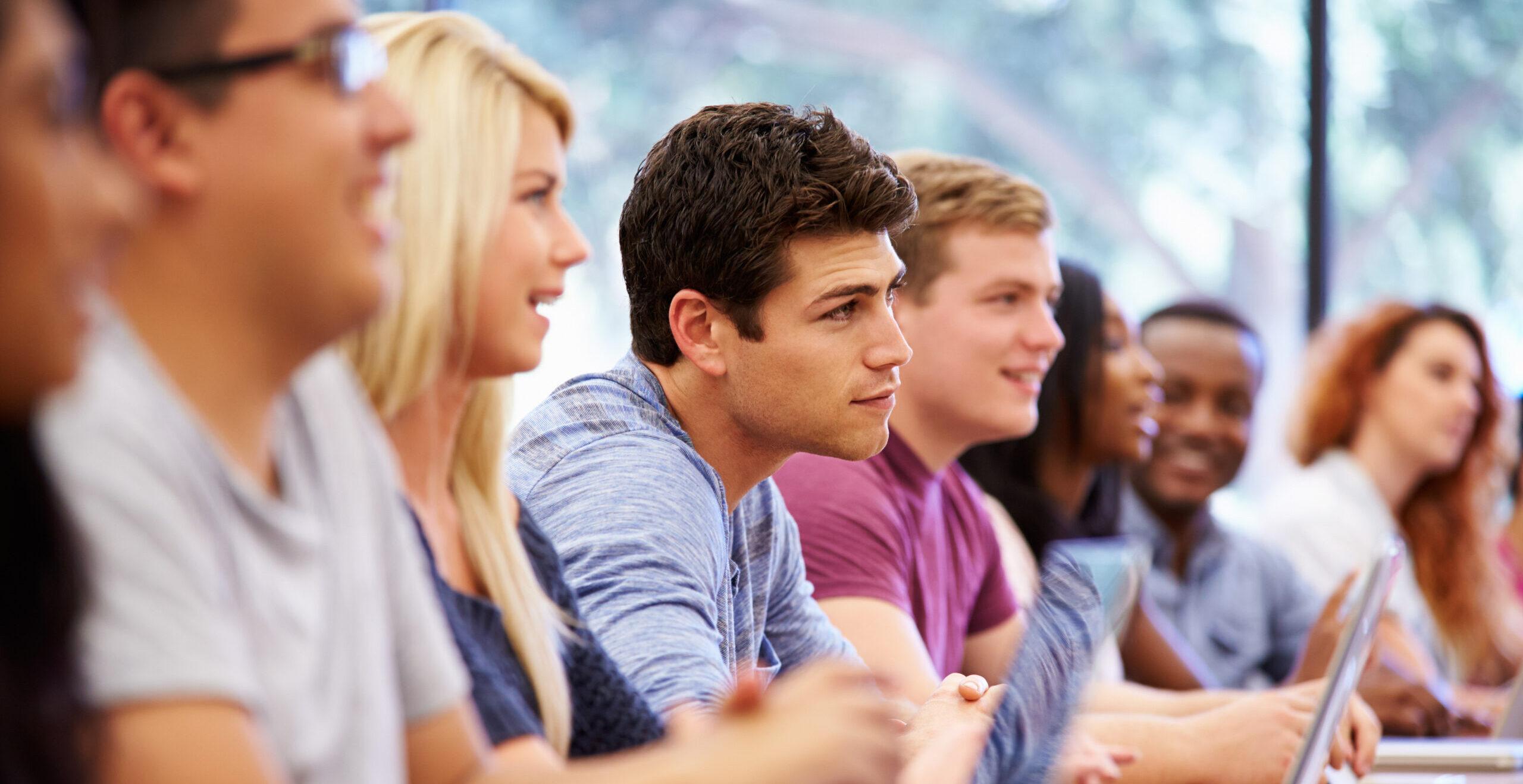 Waarom het aannemen van jong talent (studenten) een verrijking is voor jouw organisatie
